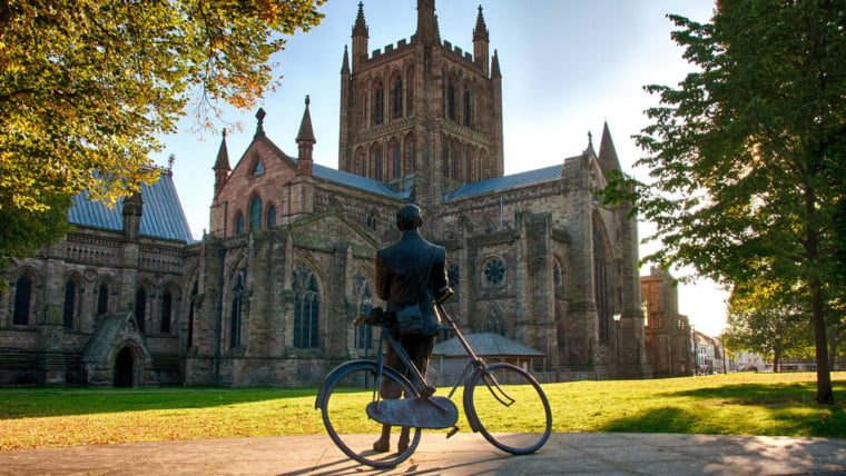 Edward Elgar statue in front of the cathedral